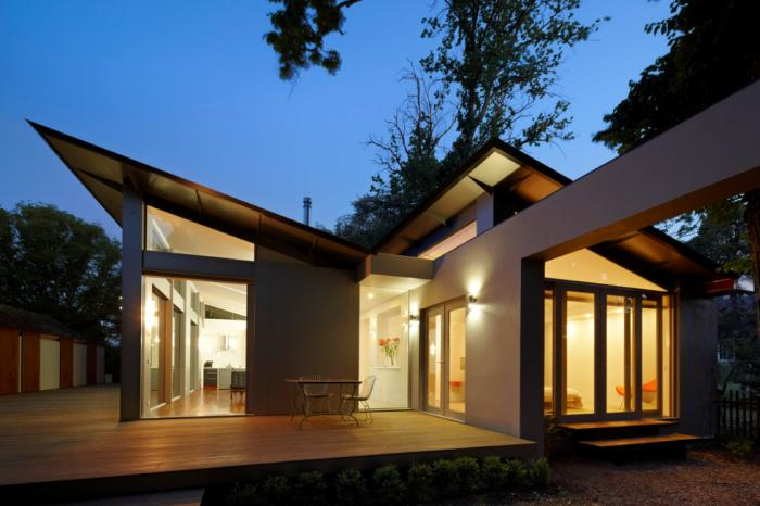Artistic Roof Design For Modern Home