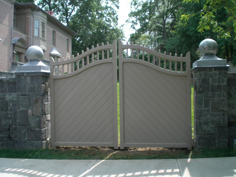 Awesome Fence Design For Modern House