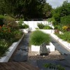 Contemporary Garden Idea For Modern House