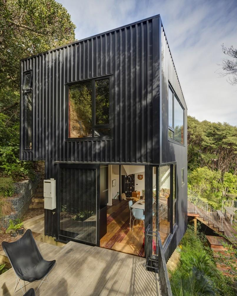 Cool Black Minimalist 2 Floor House