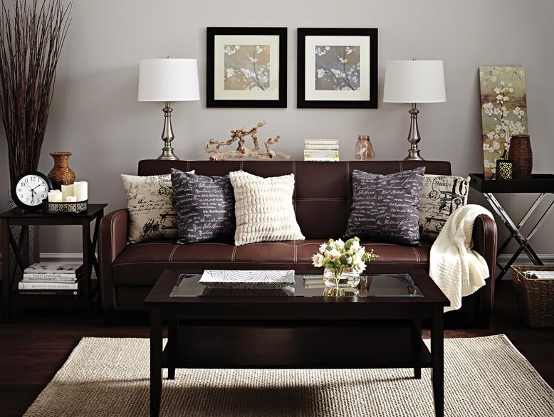 Modern And Affordable Family Room Picture - 2020 Ideas