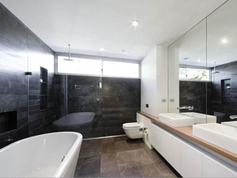 Elegant Contemporary Home Bathroom Decor Photo