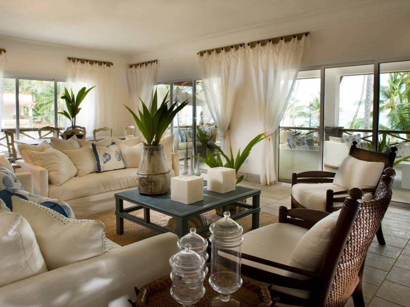 Living Room Decoration Idea With Plants