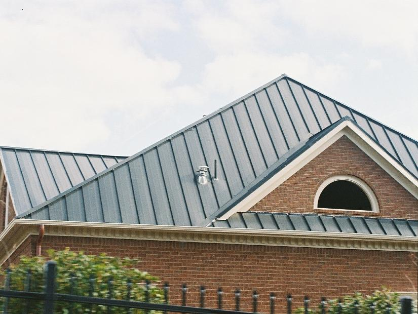 Metal Roof Design For Modern House