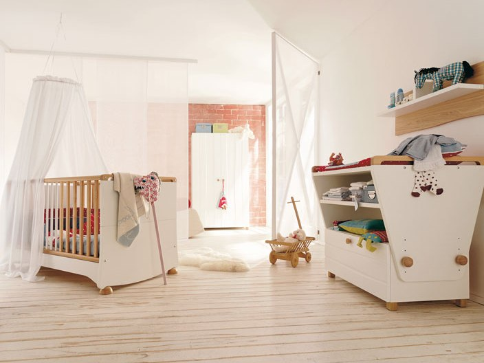 Minimalist Baby's Bedroom Interior Design Image