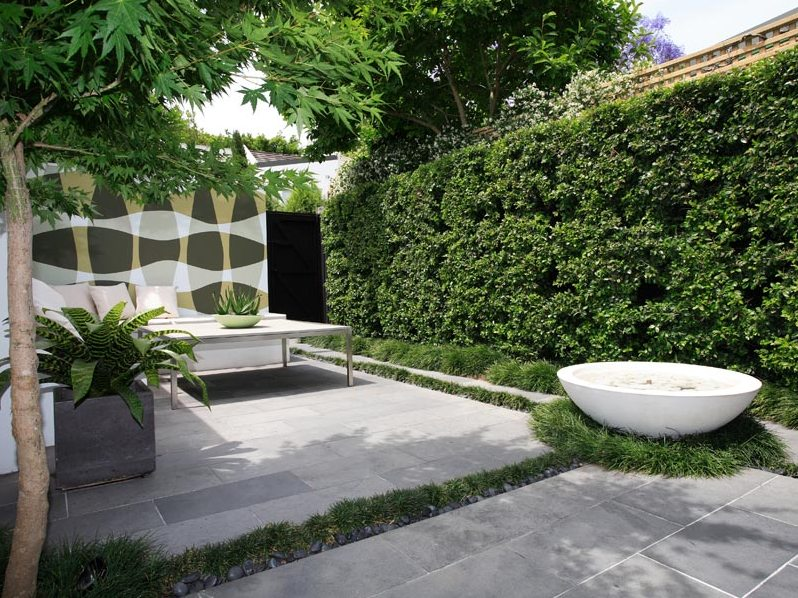Minimalist Backyard Garden Decoration Design Picture