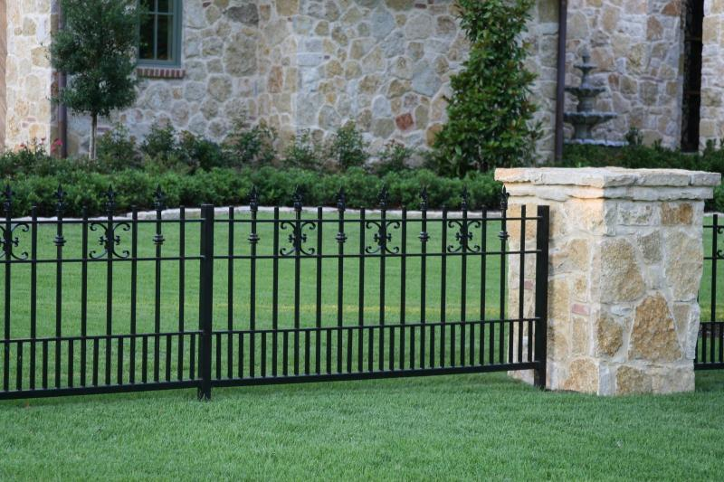 Newest Minimalism Iron Fence Model on Stucco Exterior Home Designs