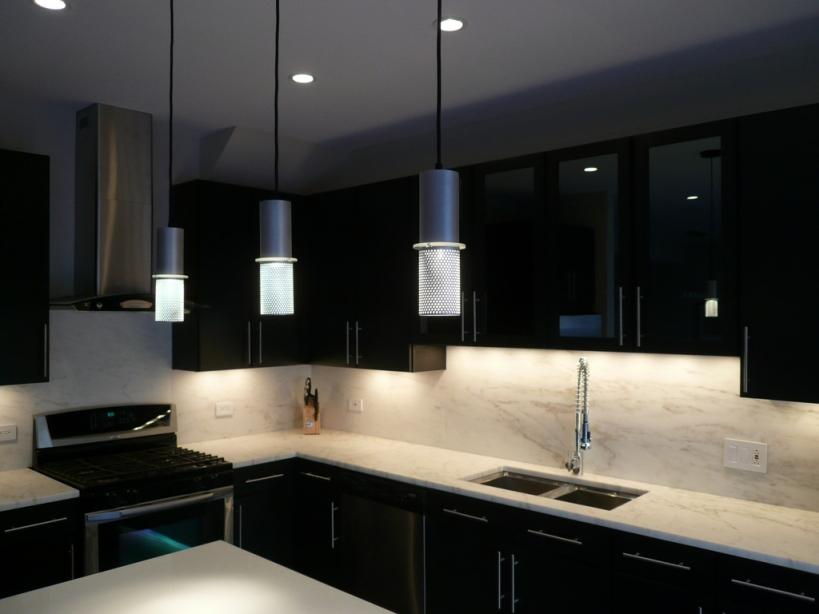 Modern Black Color Idea For Kitchen