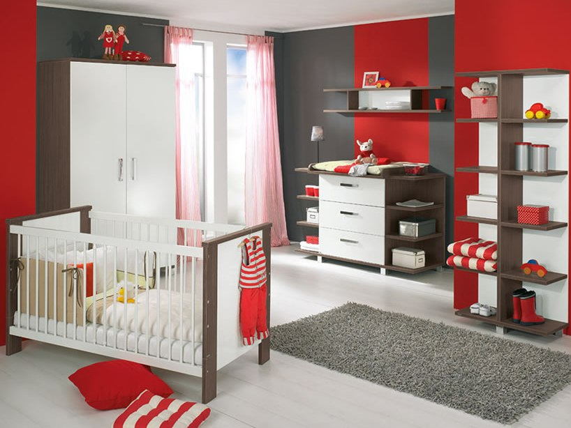 Red And White Baby's Bedroom Idea