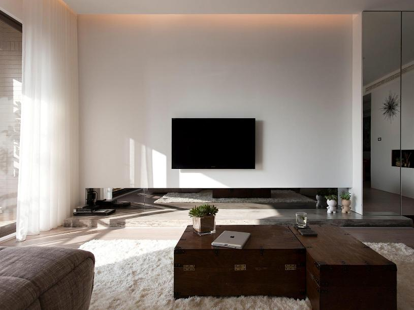 Simple And Affordable Family Room Idea
