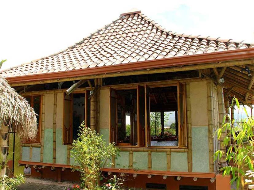 Simple Bamboo House Design Idea Photo