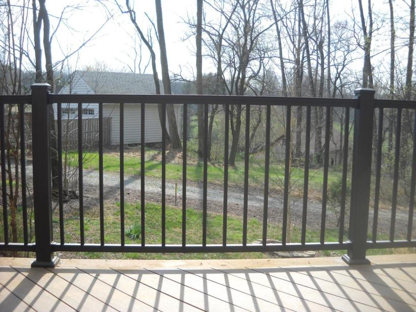 Simple Iron Fence Design At Modern Home 2019 Ideas