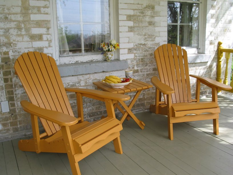 Simple Wooden Chairs Design For Terrace