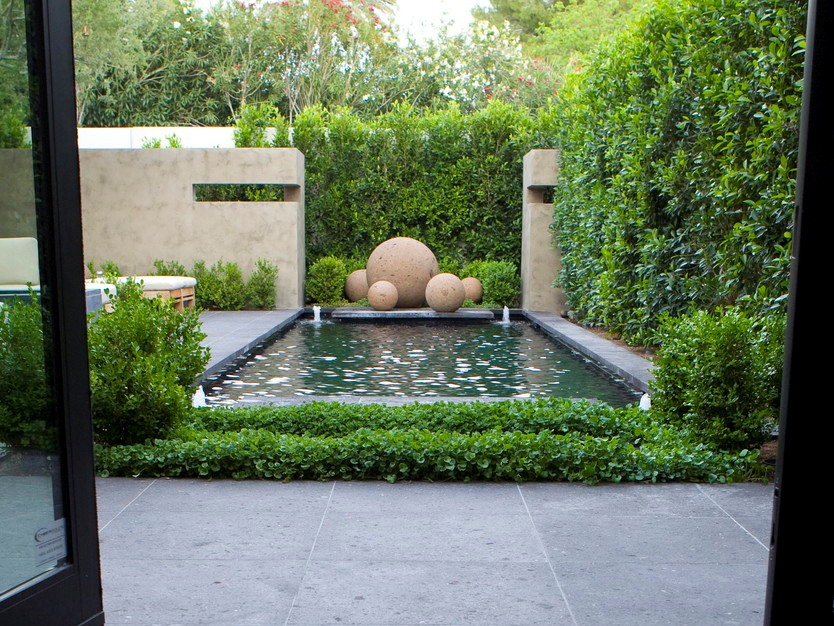 Small Garden Design With Minimalist Pond 4 Home Ideas