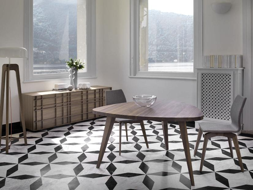 Triangular Idea For Wooden Dining Table