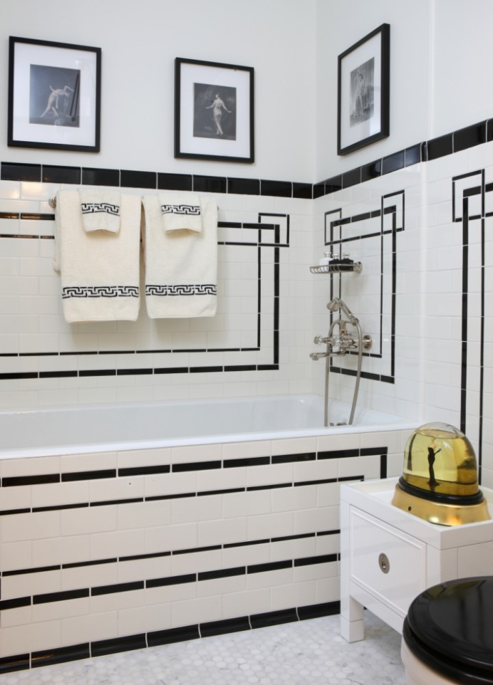 White And Black Bathroom Color Combination