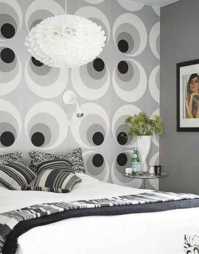 White and black circle wallpaper for bedroom 4 home ideas for Black and white room wallpaper