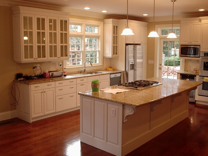 White Cabinet Color For Home Kitchen