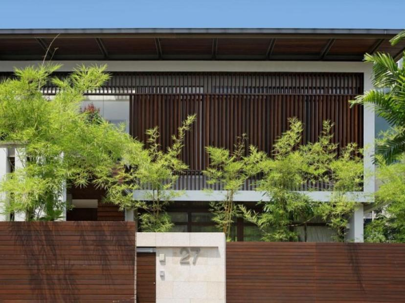 Wood Fence For Minimalist Home Design