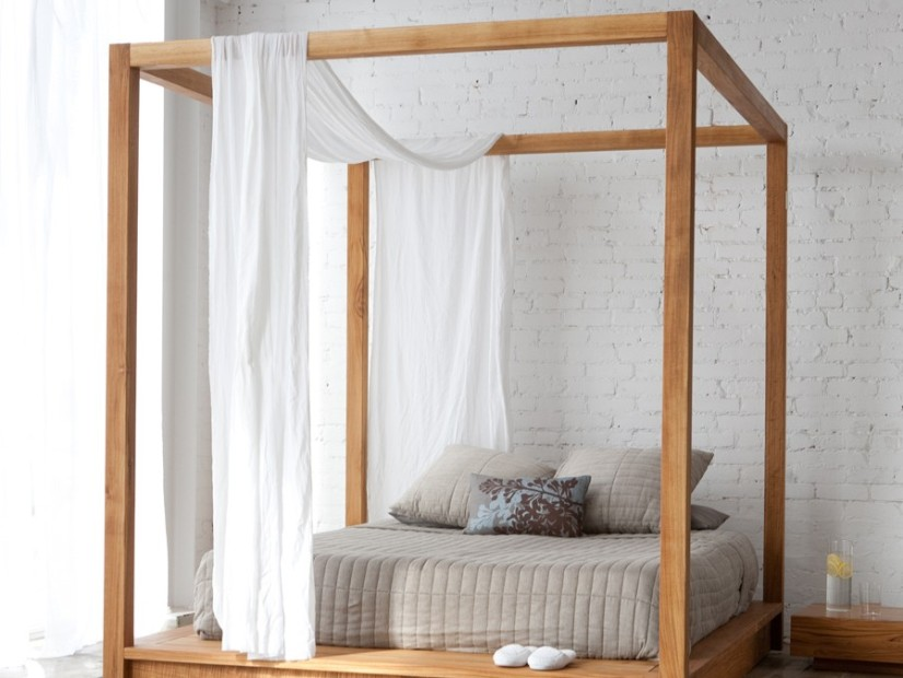 Wooden Canopy Idea For Minimalist Bed