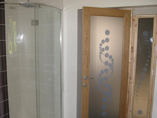 Wooden Door Design For Minimalist Bathroom
