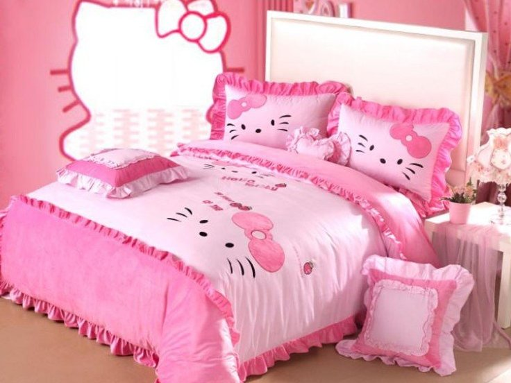 Bed Design Idea With Hello Kitty Theme