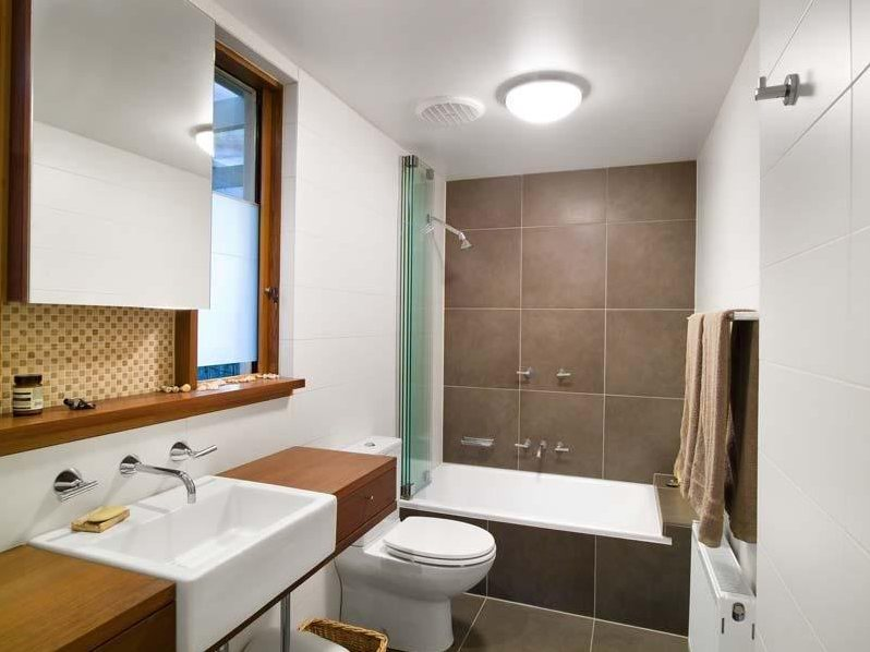 Clean Small Home Bathroom Design Image