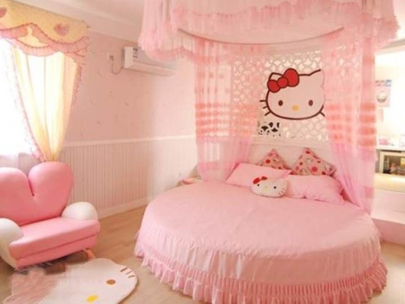 Unique Bedroom Design With Hello Kitty Decor