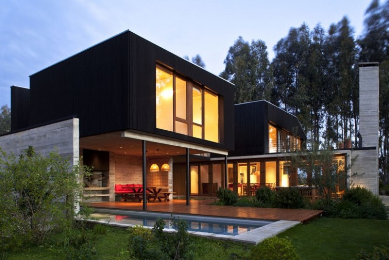 Beautiful Minimalist Home Exterior Layout Design