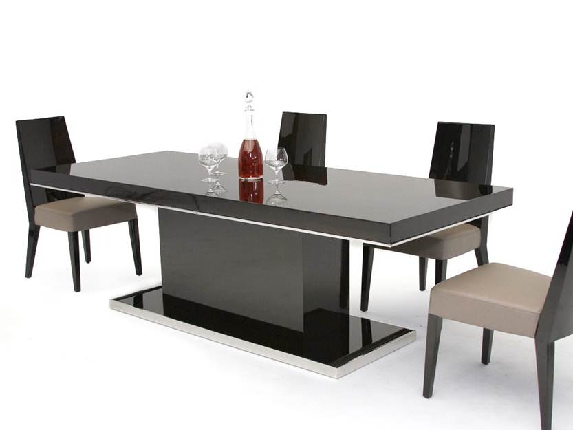 Elegant Black Dining Table Design