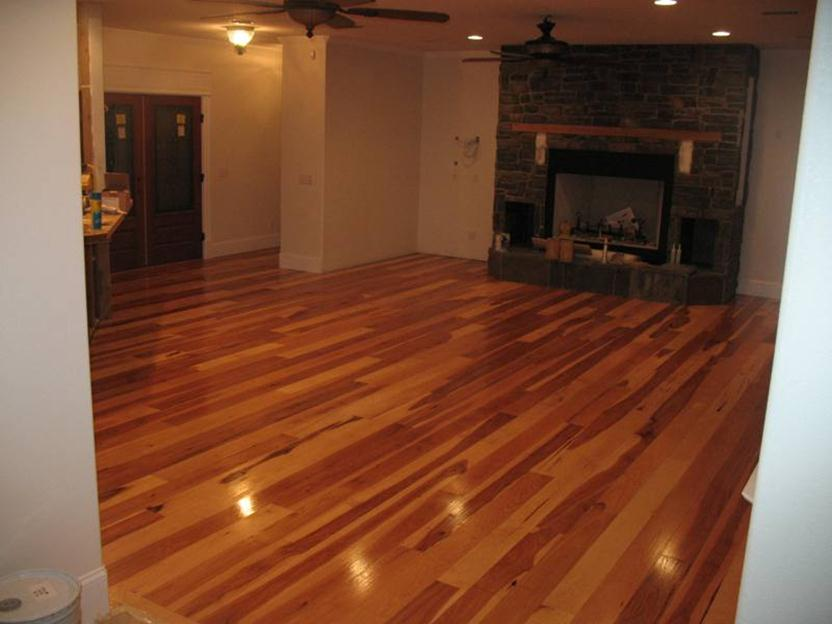 Elegant Home Flooring With Wooden Tile