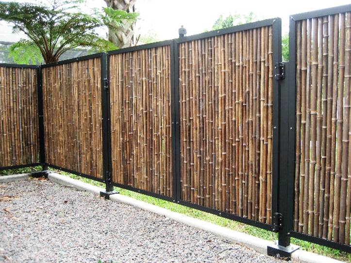 Nice Home Fence Made Of Bamboo