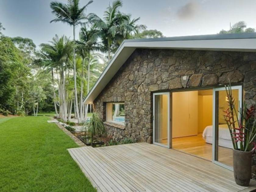 Tips To Build Tropical House Design