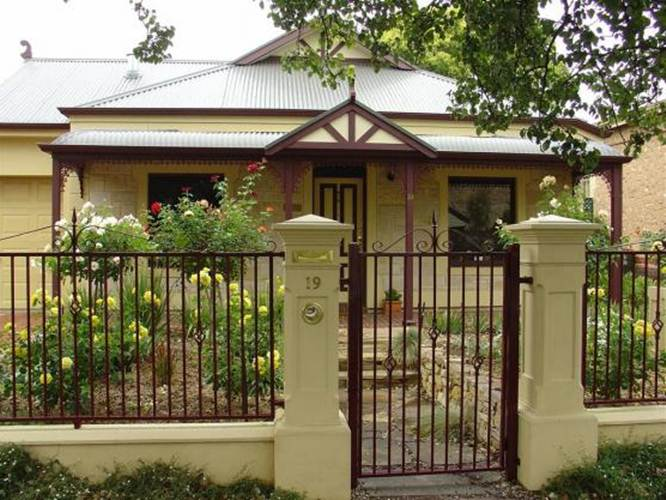 Tips To Care Iron Fence From Rust