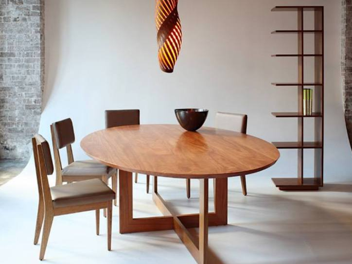 Wooden Round Dining Table Design