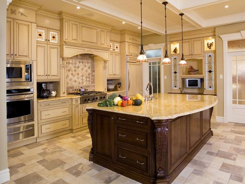 Beautiful Traditional Kitchen Decorating Idea