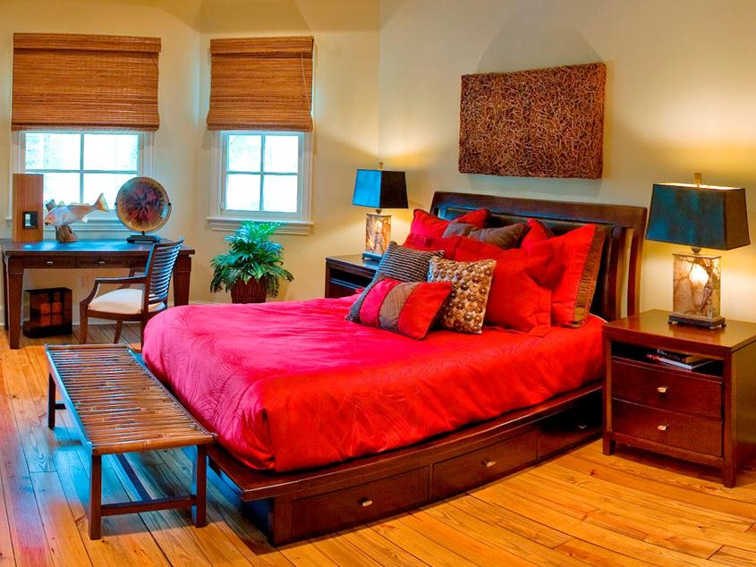 Colorful Bedroom Design With Wooden Decor