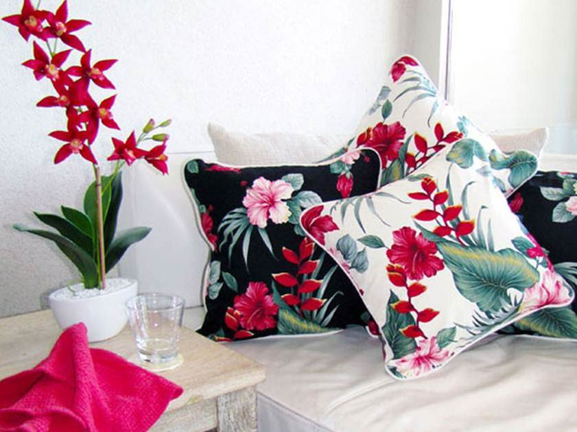 Colorful Cushion Design To Beautify Living Room
