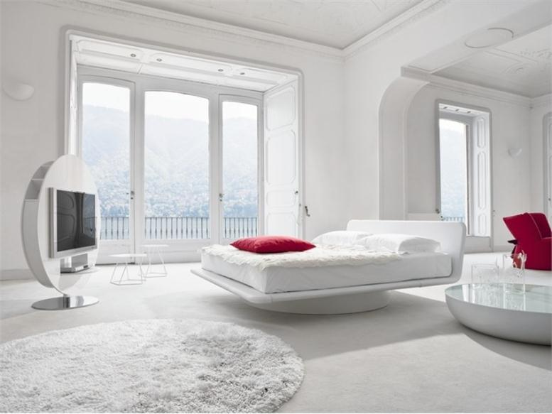 Minimalist White Bedroom Design Idea