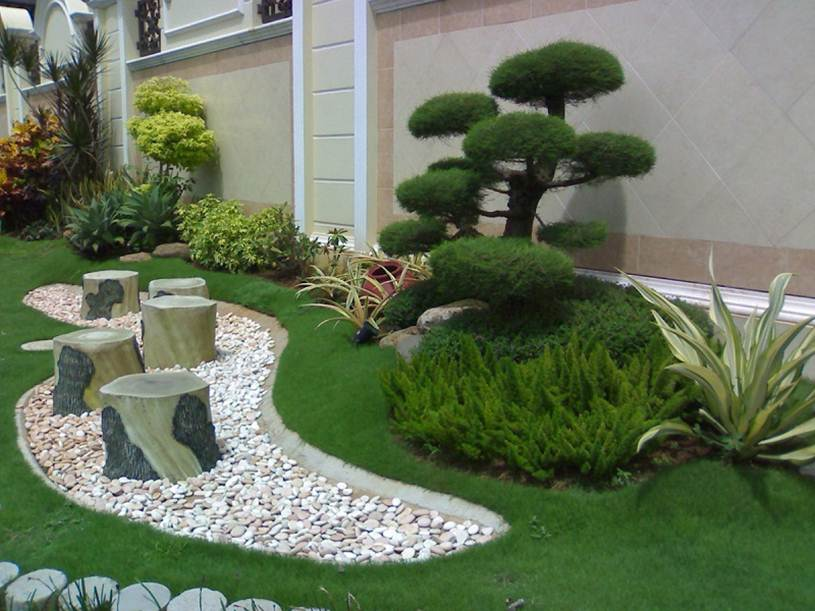 Modern Home Garden Decorating Idea