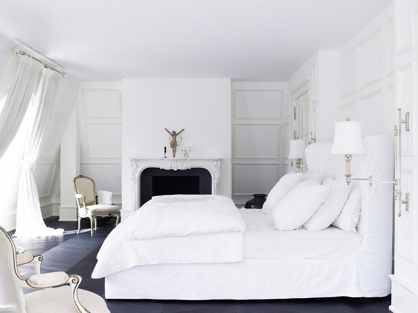 Small Bedroom With White Paint