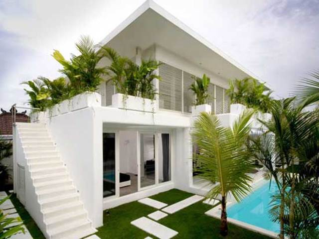 White Paint Idea For Simple Minimalist House