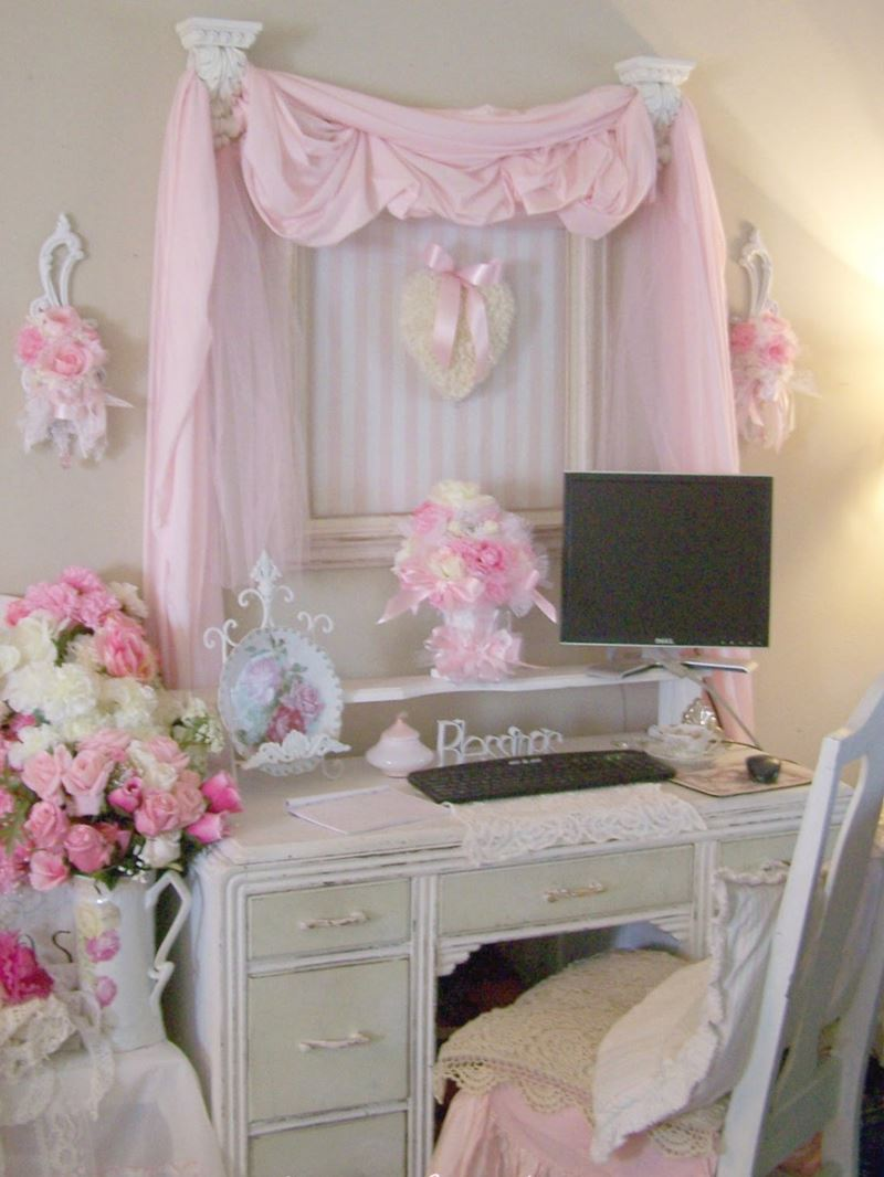 Beautiful Shabby Chic Bedroom Decoration