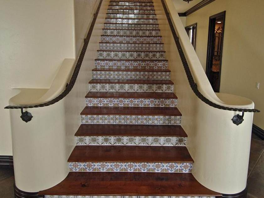 Beautiful Stairs Design For 2 Floor Home