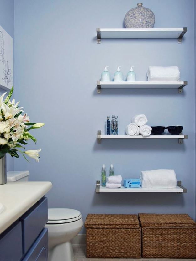 Blue Color For Small DIY Bathroom Design