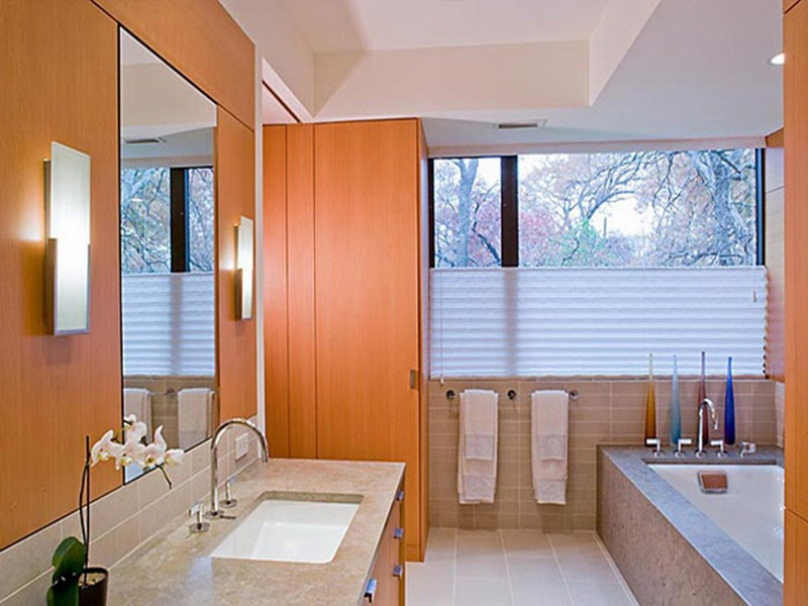 Bright Color Idea For Bathroom Suits