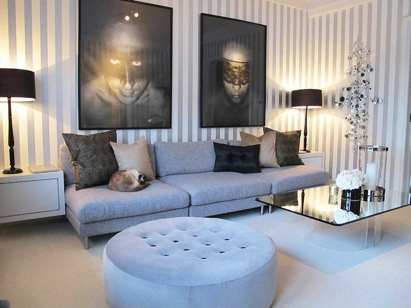Elegant Small Living Room Art Design