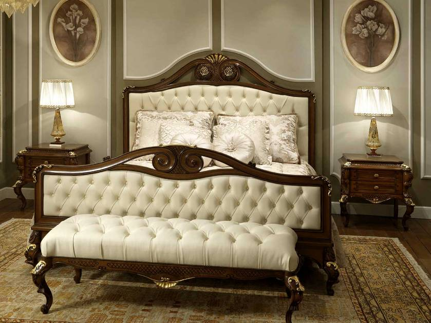 Elegant Vintage Bedroom Design Idea