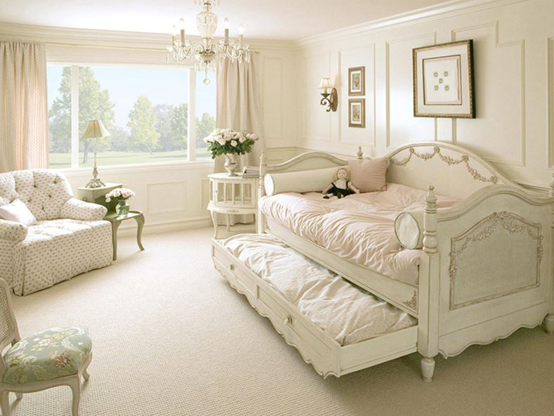 Furniture Idea For Small Shabby Chic Bedroom - 4 Home Ideas