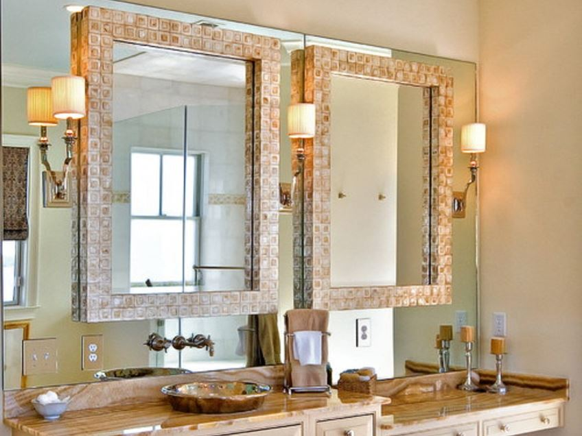 Minimalist Bathroom Mirror Decorating Idea